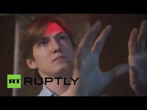 Russia: Tech whiz invents device to display media in thin air