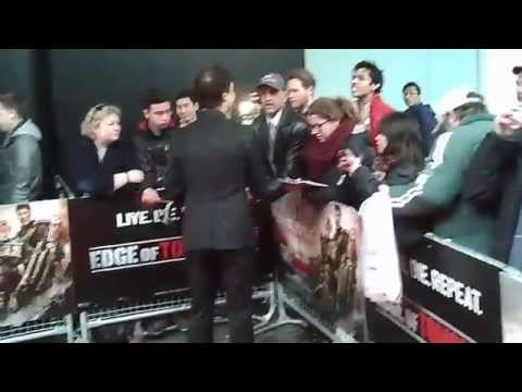 Doug Liman Signing Autographs