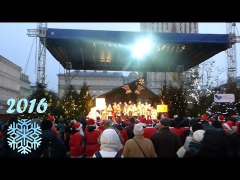 Choinka W Krakowie Jarmark Kiermasz Świąteczny 2016 Boże Narodzenie Christmas Market CNN Weihnachten