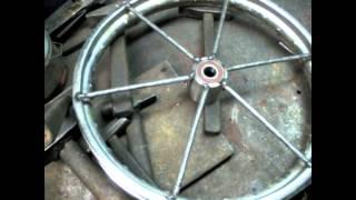Как сделать колесо для тачки своими руками