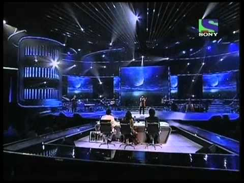 X Factor India - Seema Jha singing Aao Tumhe Chand Pe Le Jaye...