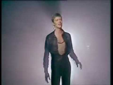 Heroes - David Bowie    Official Music Video
