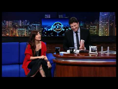 The Noite (08/10/14) - Entrevista com a cantora Pitty