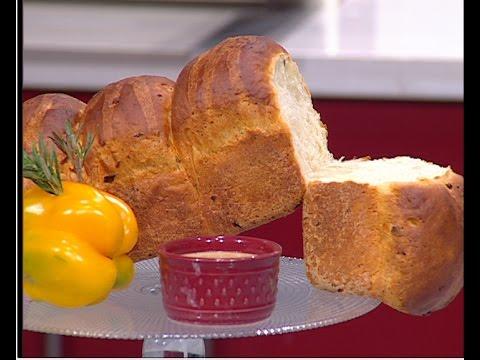 طريقة عمل خبز البطاطس والبصل على طريقة الشيف #وحيد_كمال  من برنامج #الفطاطرى #فوود
