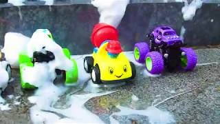 Fine Toys Construction Vehicles Looking for Cars in the Sand - LORmedia cartoy