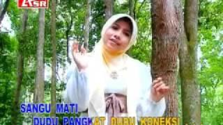 Hj.Wafiq Azizah(Sholawat Jawa)_6. Sangu Mati.mp4