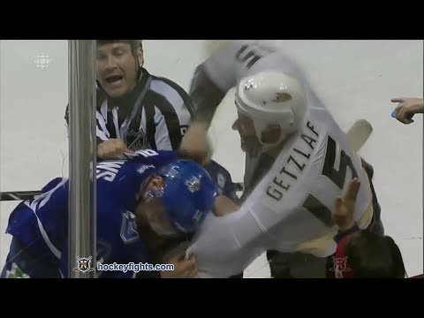 Ryan Getzlaf vs Alexandre Burrows Mar 29, 2014