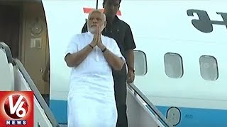 PM Modi Aerial Surveys Flood-Hit Kerala After High Level Meeting