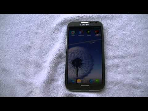 Samsung Galaxy Note 2 running CM 10.1 Jelly Bean 4.2.2 with T-Mobile LTE