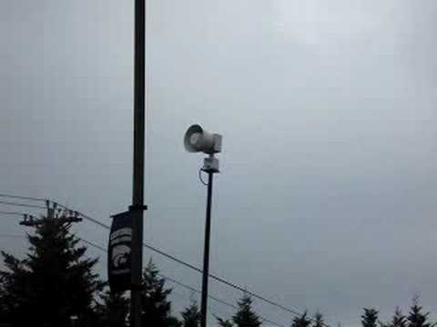 This is my first ever siren experience. Yes, I was really excited. This siren is located at Centennial High School in Franklin, TN. Today it was really cloudy, so I think they decided to do...