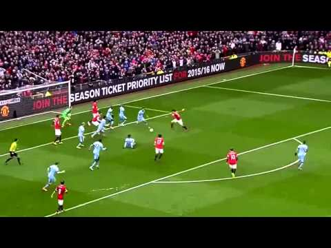Michael Carrick vs Manchester City - 12 Apr 2015