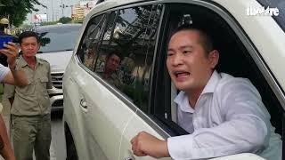 CSGT yêu cầu xuống, chủ xe vẫn kiên quyết nói không vì xe 5,2 tỉ đồng
