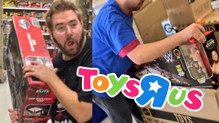 EPIC SHOWDOWN VS SCALPERS AT TOYSRUS FOR RAW MAIN EVENT RING!