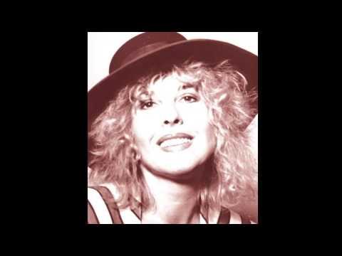Deutsche Welle -Tina York's first interview on the American Continental Radio Show (1992)