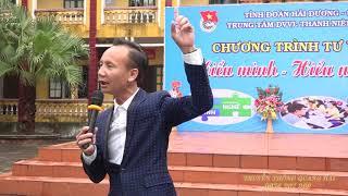Diễn giả, chuyên gia tâm lý, TS. Huỳnh Anh Bình - Tư vấn hướng nghiệp tại trường THPT Nam Sách II