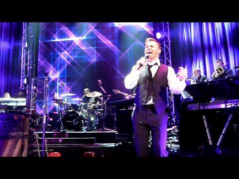 Gary Barlow - Wondering
