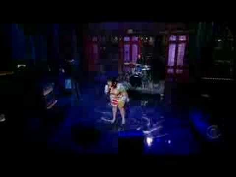 GOSSIP BETH DITTO ON DAVID LETTERMAN 4/17/08