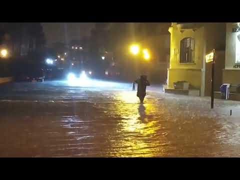 ¡Con el agua hasta las rodillas! - Inundaciones en Torrevieja (20/04/2019)
