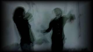 Le Cronache dei Vampiri: La Rosa e lo Specchio Infranto
