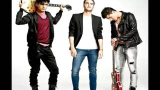 Watch Reik Calido Y Rojo video
