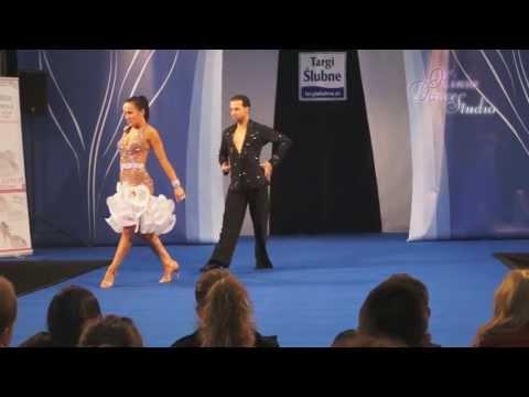 Najpiękniejszy Pierwszy Taniec | RUMBA | Targi Ślubne HIT 2013 | Kraków - Www.kiniadance.pl