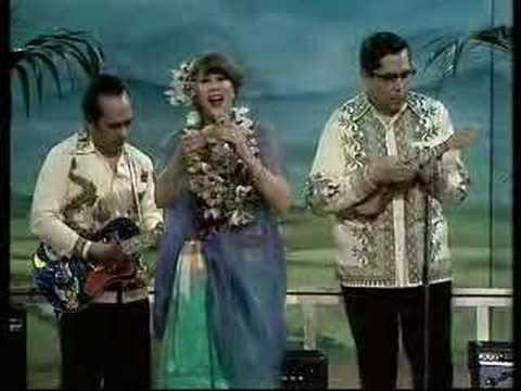 download lagu Anneke Gronloh - O Ina Ni Keke / Nina Bo gratis