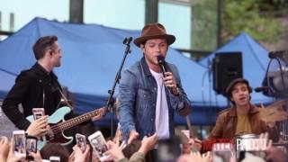 download lagu Niall Horan - Slow Hands gratis