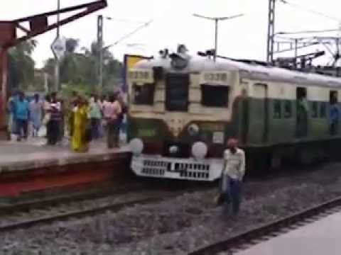 Tamil Nadu Local Train Leaved The Platform video