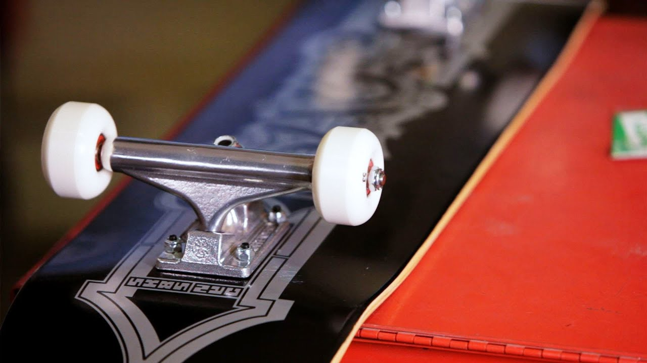 how to use skateboard mounting hardware