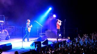 Maroon 5 - She Will Be Loved (Live in Saint-Petersburg, 28.11.2011)