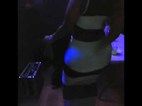 Big Booty Bitch Twerking In The Club video