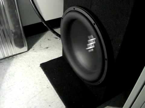 Re Audio Xxx 15 Excursion On 10k Rms 11 Hz From Usampfreak.mp4 video