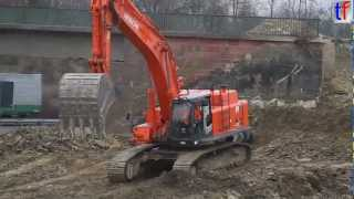Hitachi Zaxis 470 LCH & Liebherr TA 230 on highway construction site, A8, Karlsbad, GERMANY. 2013