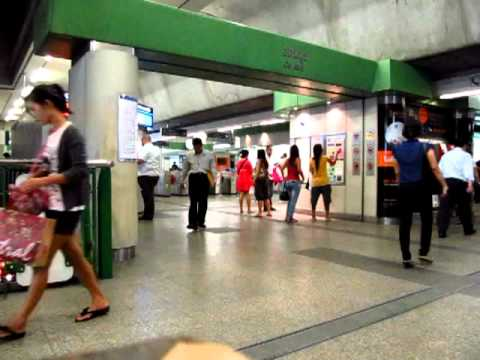I wait for a friend @ On Nut BTS Station then go to Outdoor Market – Phil in Bangkok