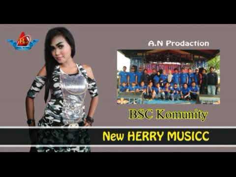 Download Bidadari keseleo HERRY  entertainment brebes Voc Denita Live Sawojajar Mp4 baru