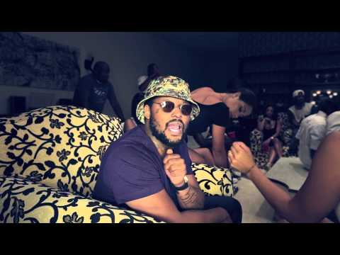 Ab-Soul Throws A Stoner Party With ScHoolboy Q And Mac Miller In 'Hunnid Stax' [VIDEO]