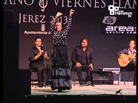CLAUDIA CRUZ- Martinete y Siguiriya  -V Viernes Flamenco de Jerez 2013