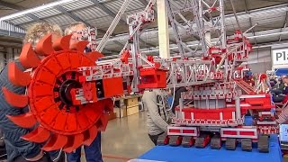 Bucket wheel excavator by Fischertechnik! Amazing thing!