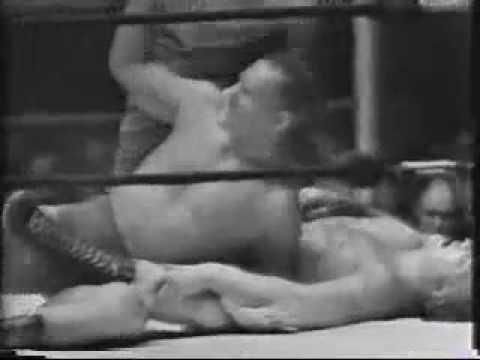 Buddy Rogers Vs Killer Kowalski - Pt 1