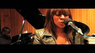 "Jessica Reedy Video - Jessica Reedy - ""What About Me"" UNPLUGGED (VIDEO)"