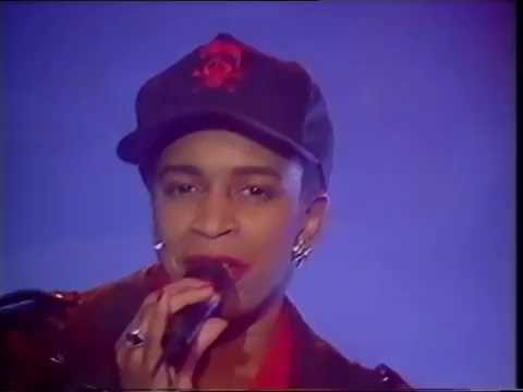 Bomb The Bass - say a little prayer - top of the pops original broadcast