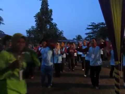 Lagu Gemu Famire Daerah Maumere Of Flores (mof) Nian Tanah Amin Yg Tercinta video