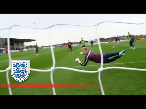 Henderson smashes a goal past Hart | Inside Training