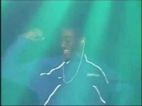 2009-10 UK Wildcats Fight Song Remixed Video