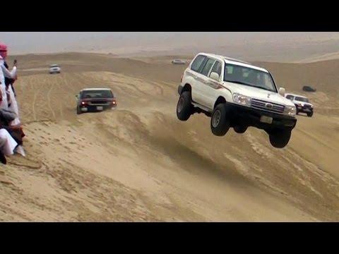 Sand Dune Jumping in Qatar - تطير في العديد 25/12/2015 thumbnail