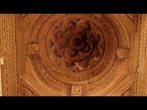00190 Carvings, Sahastrabahu Temple, ...