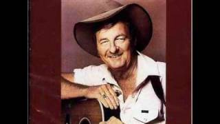 Watch Slim Dusty Give It A Go Mate video