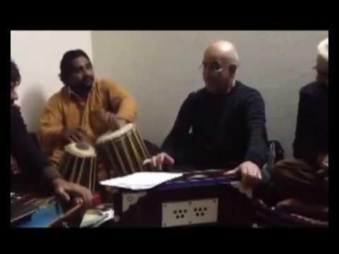 New Pashto Song &ustad Yar Mohammad  Za Da Khybar Da Sar Khairat Gharema2013 Lyrics: Khedmatgar video