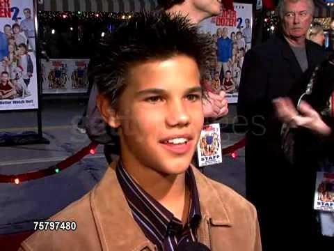 Taylor Lautner - 2005 Red Carpet (Cheaper By The Dozen 2 ... Taylor Lautner Dating