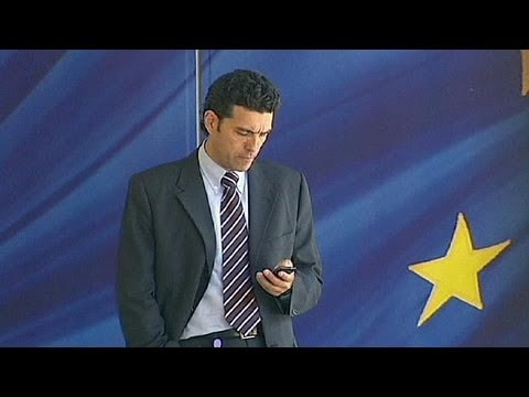 European mobile roaming fees cut - economy